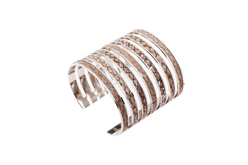 7 Seas Cuff Salmon beige with silver sparkle/silver-plated brass frame